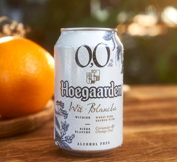 Cerveja Hoegaarden ganha versão zero álcool