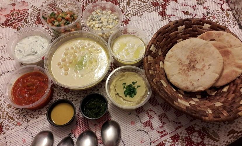 """""""Experiência Homusiá"""" traz sabores de Tel Aviv à mesa"""