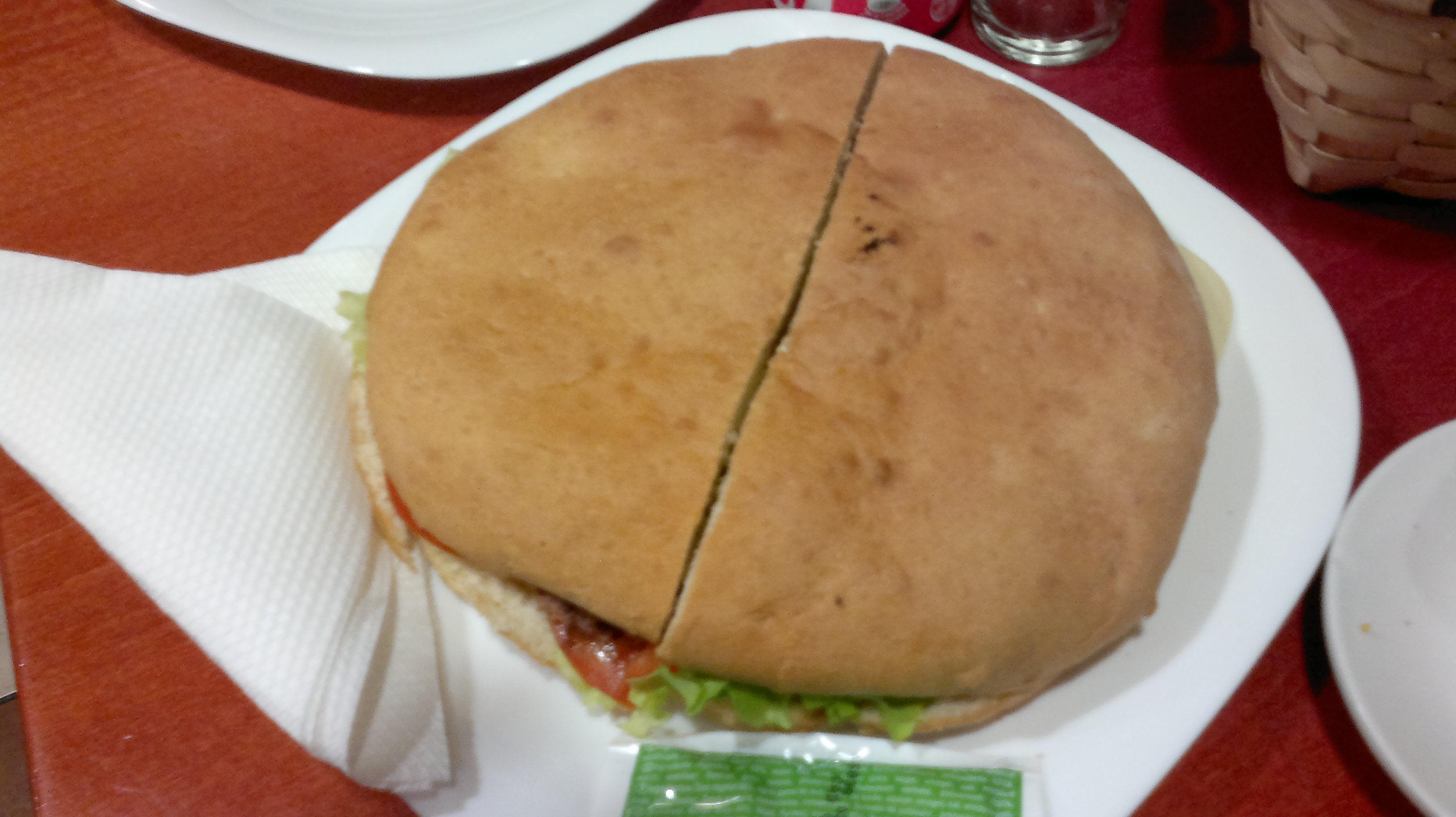 Donde comer una hamburguesa gigante