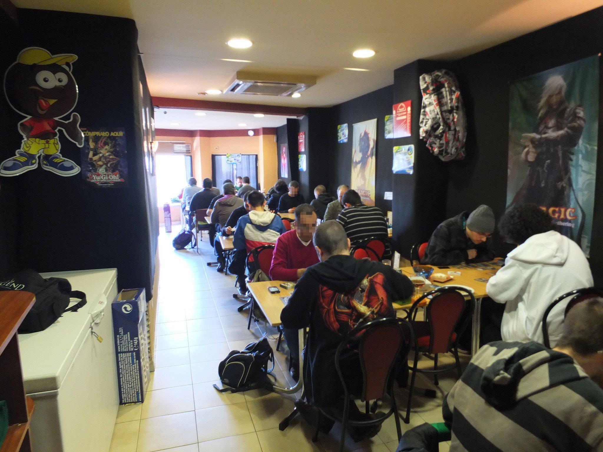 Juegos de Cartas: Magic & Yu-Gi-Oh