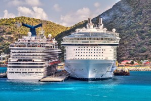 El crucero más grande del mundo llega a Vigo