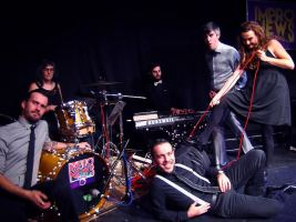 Impronews Party Edition (comedia, música e improvisación)
