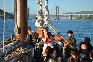 Agosto na ría Marqués de Vizhoja – Música a bordo de una goleta