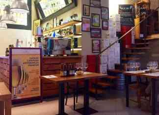 Una de las salas del café