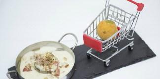 Iniesta de mi Vida (Champiñón relleno de bechamel con bacon acompañado de patata rellena de queso) en Casa Botija