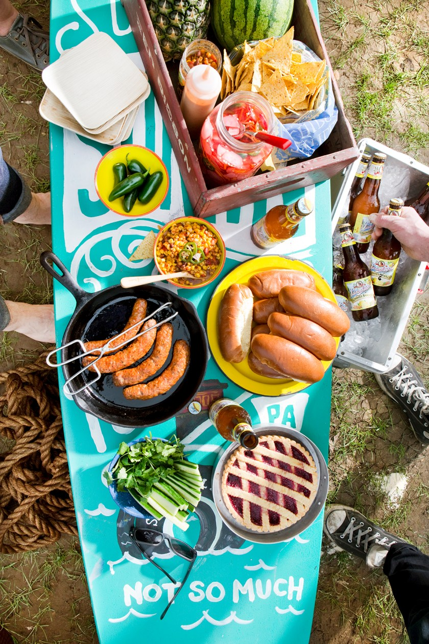 Surf Picnic Styled by Quelcy 01