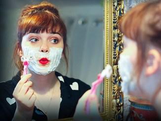 Une fille peut elle se raser