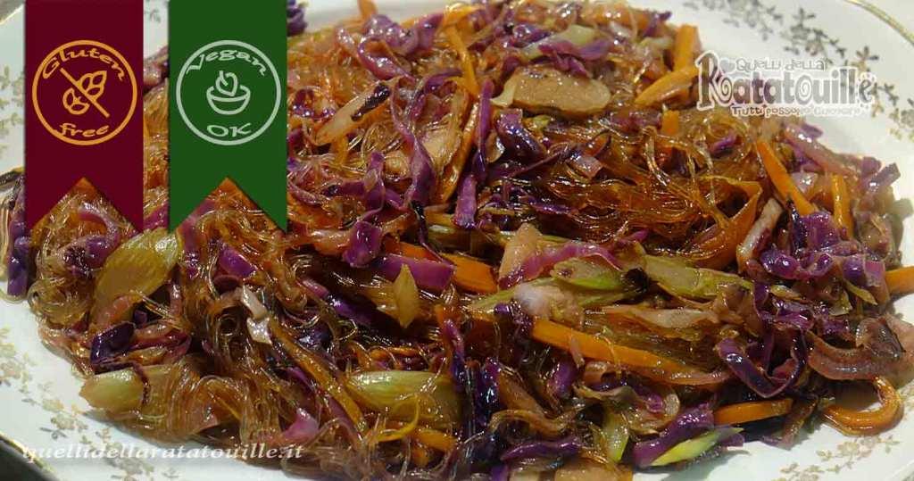 spaghetti di soia con cavolo viola