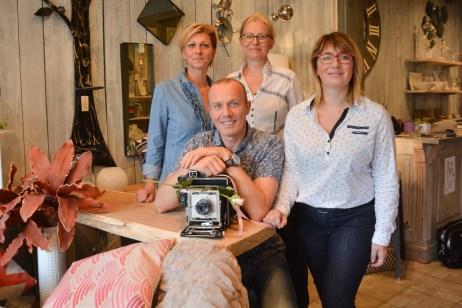 L'équipe au complet: Laure, Paricia, Claire et Sébastien