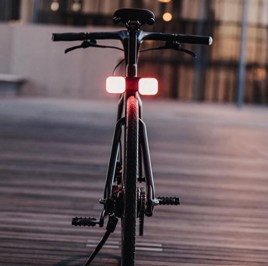 Angell, Smart bike, le vélo de nuit avec les feux allumés
