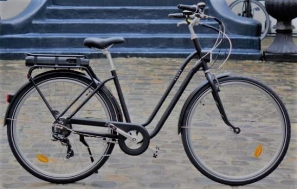 vélo électrique decathlon entrée de gamme