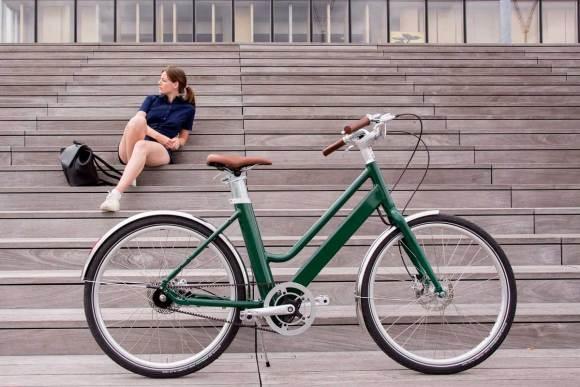 Vélo voltaire couleur verte