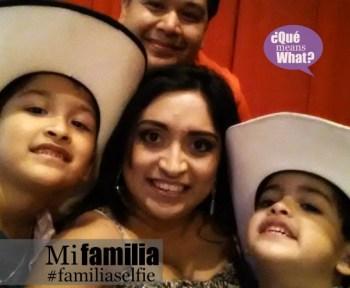 Mi Familia Selfie