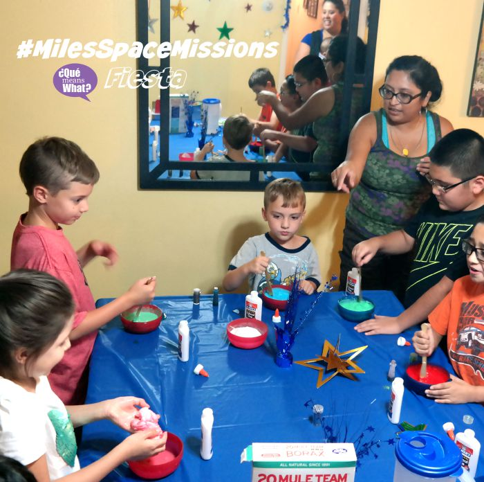 Making the Galaxy Goo at #MilesSpaceMissions Fiesta _ QueMeansWhat.comMaking the Galaxy Goo at #MilesSpaceMissions Fiesta _ QueMeansWhat.com