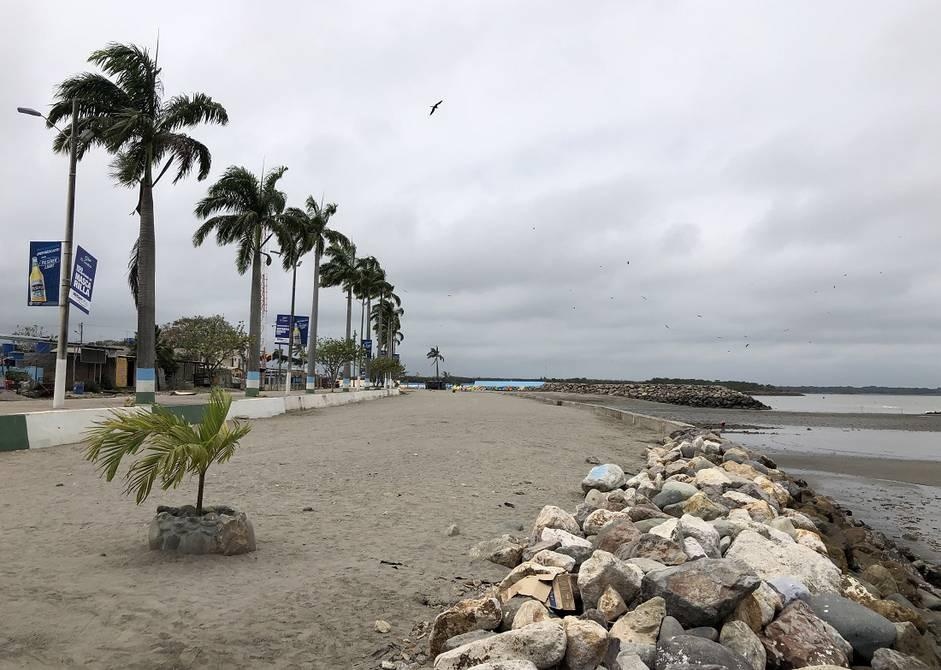 playa bajo alto