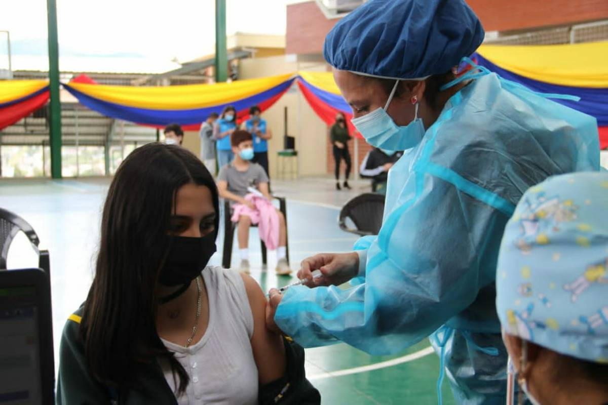 puntos de vacunación jóvenes