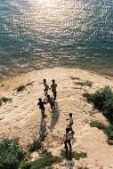 Ektar 100 / 24X36 / Children seeking money in the Ganga - Varanasi