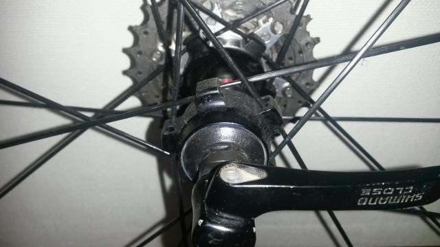 Maza de rueda Shimano, el diseño de las alas se modifica, pero siguen siendo simétricas