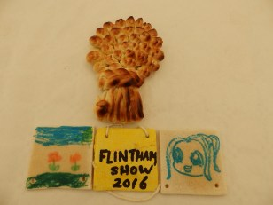 Small wheatsheaf with salt dough plaques