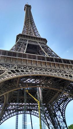 Chegamos a Paris - Torre Eiffel