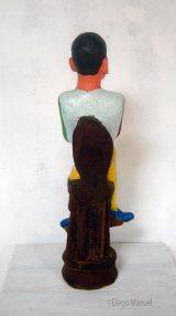 """""""Hombre sentado o retrato de Jose Manuel Rodriguez"""", madera policromada, 21 x 25 x 73 cm., 2014"""