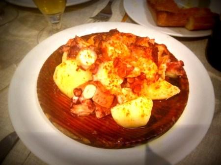 el gallego de casanova barcelona restaurante pulpo gallega que se cuece en bcn (14)