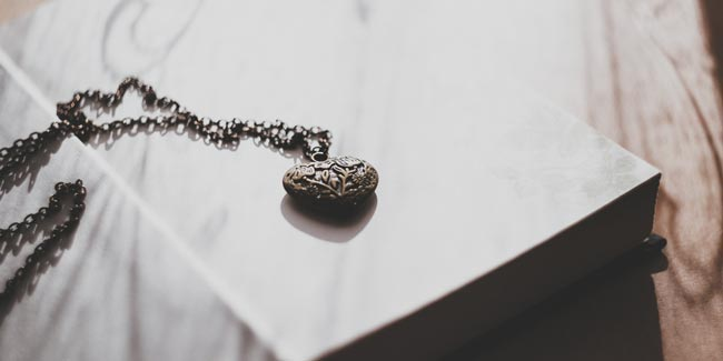 soñar con encontrar joyas