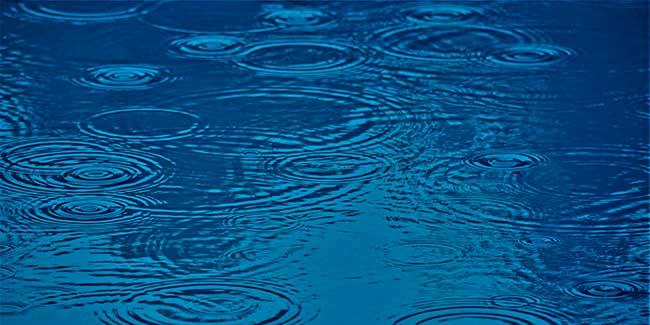 Soñar con agua sucia de lluvia