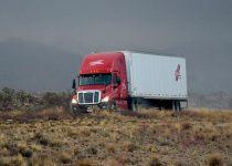 Soñar manejando un camión