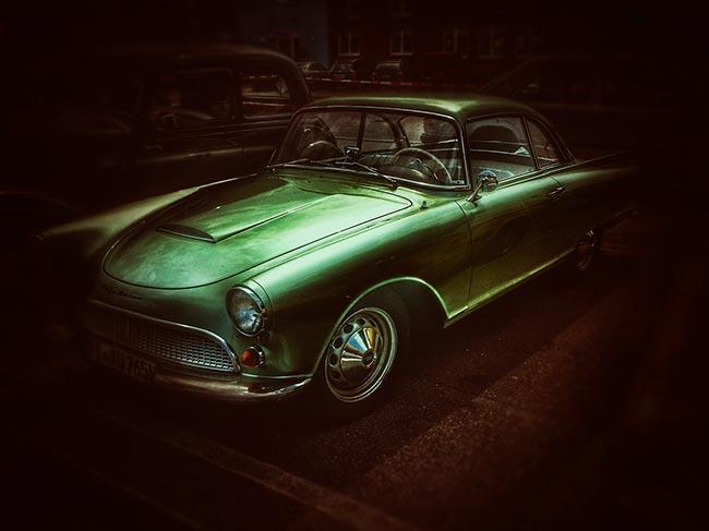 Soñar con carro antiguo