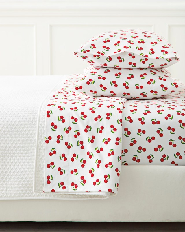 Sheet_Set_Cherry_MV_Crop_Base