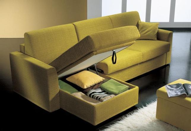 Scegliere il divano guida completa questioni di arredamento - Divano divisorio ...