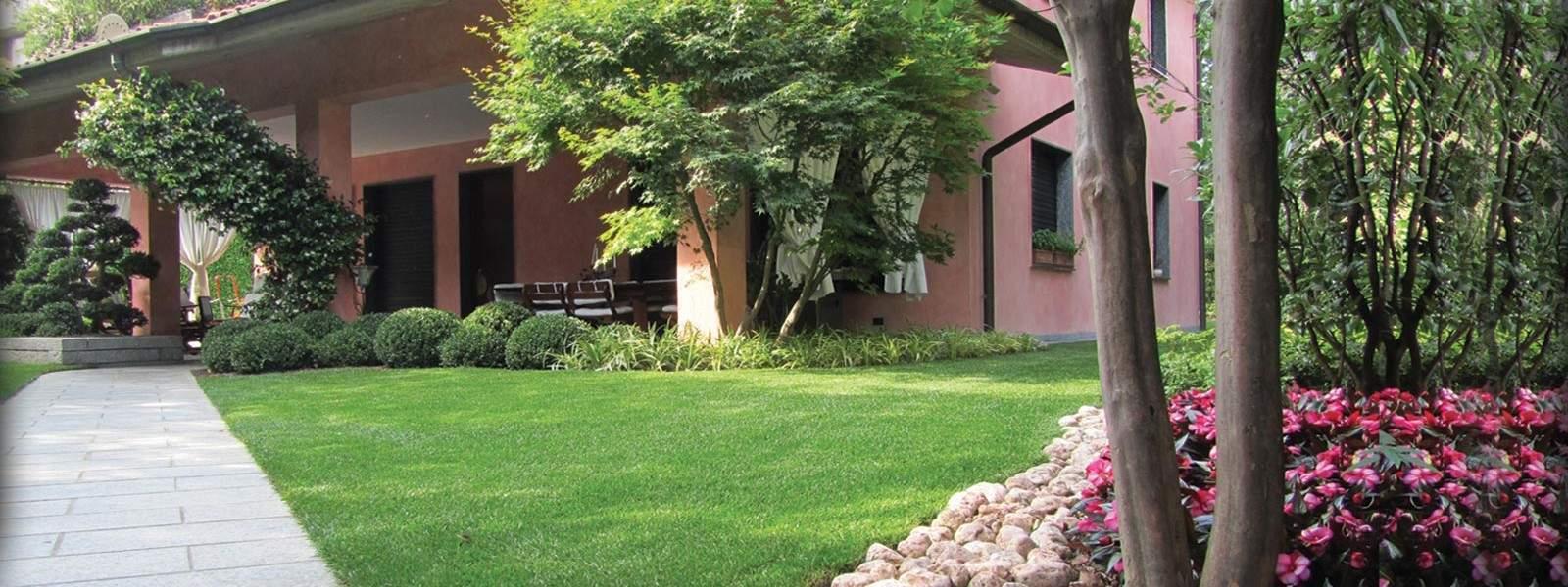 Progetto del giardino di casa.   questioni di arredamento