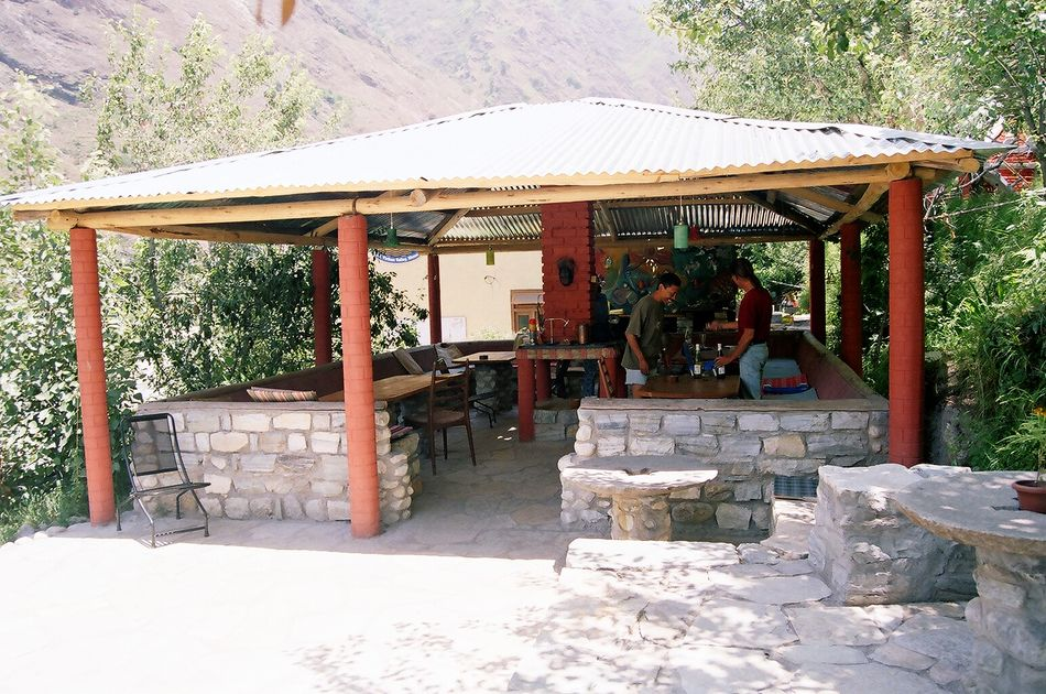 himalayan-trout-house-dinning area