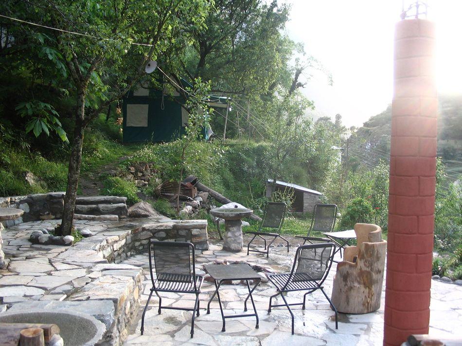 himalayan-trout-house-lounge