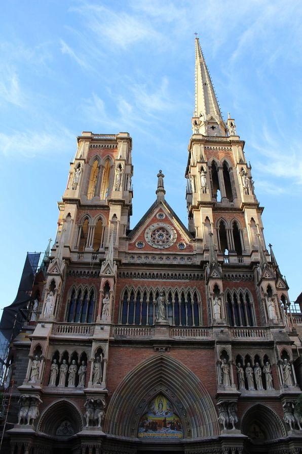 Fachada da Iglesia de los Capuchinos