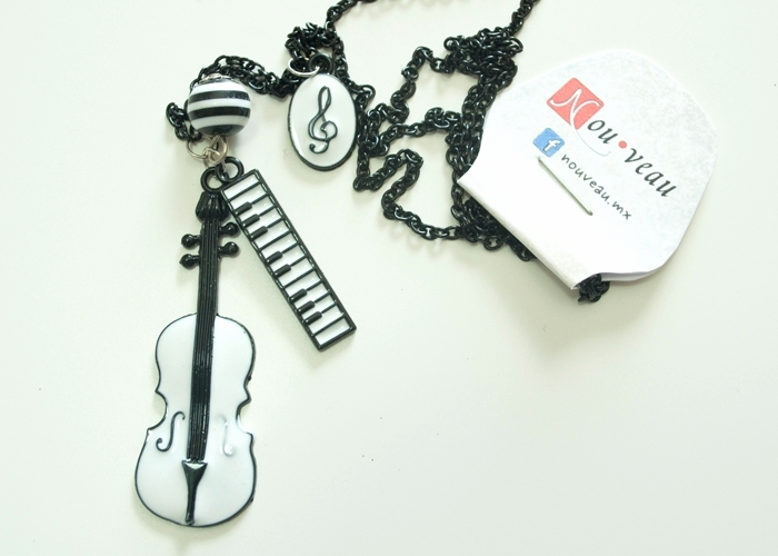 collar violin