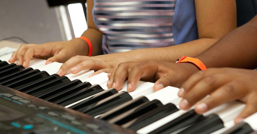 desarrollo emocinal-niños-musica