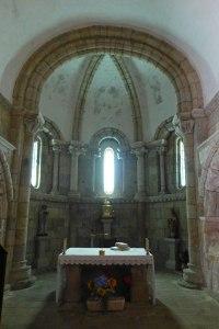 Iglesia del Monasterio de San Salvador de Ferreira, ruta del románico de la Ribeira Sacra