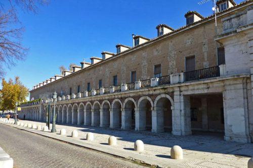Casa de los Infantes frente a la Plaza de San Antonio