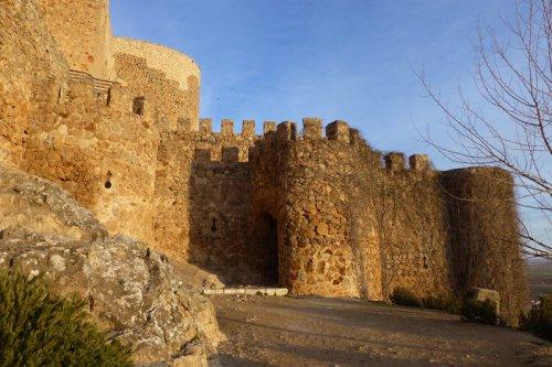 Entrada al Castillo de la Muela