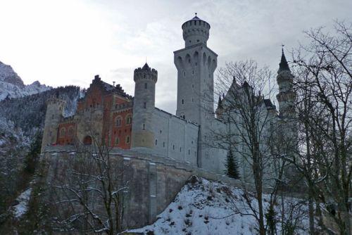 Entrada al Castillo de Neuschwastein en Füssen