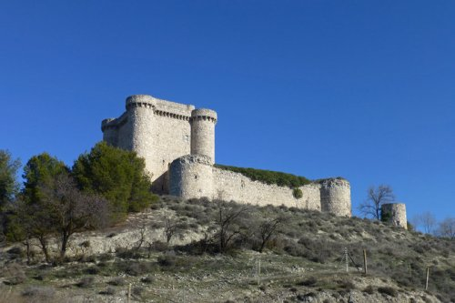 Castillo de Puñoenrostro en Seseña, ruta de los castillos de toledo