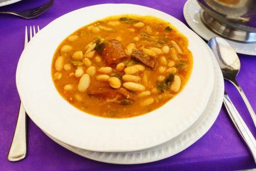 Cocido montañés, una de las delicias de la gastronomía de Liébana