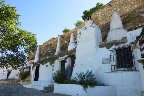 Casas-cueva de Chinchilla de Montearagón