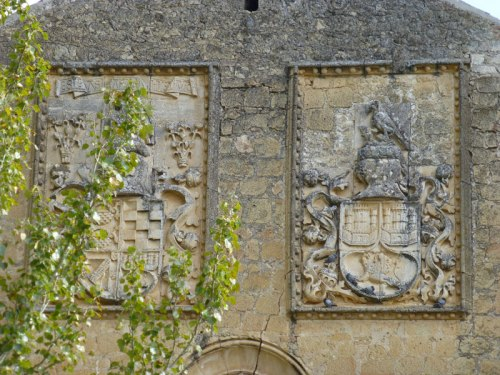Escudos de los marqueses de Villena en el Monasterio de Santa María del Parral