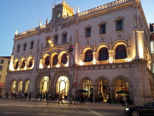 Estación de trenes de Rossio, cómo llegar a Lisboa