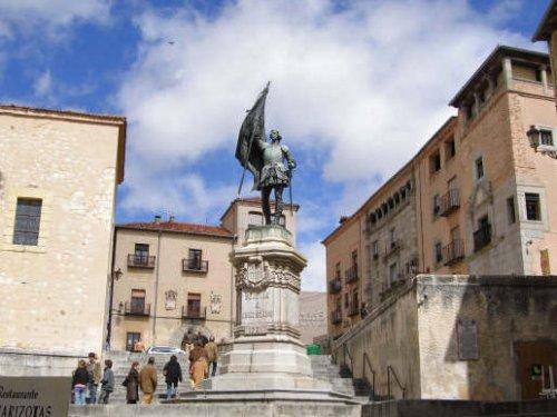 Estatua de Juan Bravo en Segovia, historia de Segovia