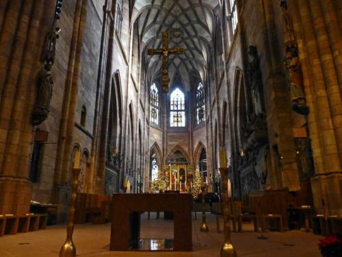 Interior de la Catedral de Friburgo de Brisgovia