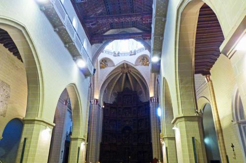 Techumbre y retablo mayor de la Catedral de Teruel
